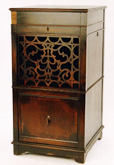 Furniture Medic Of Windsor Before Image Furniture Medic Of Windsor After  Image