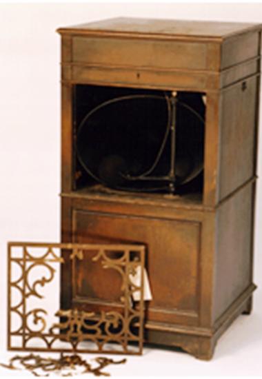 Etonnant Furniture Medic Of Windsor Before Image ...